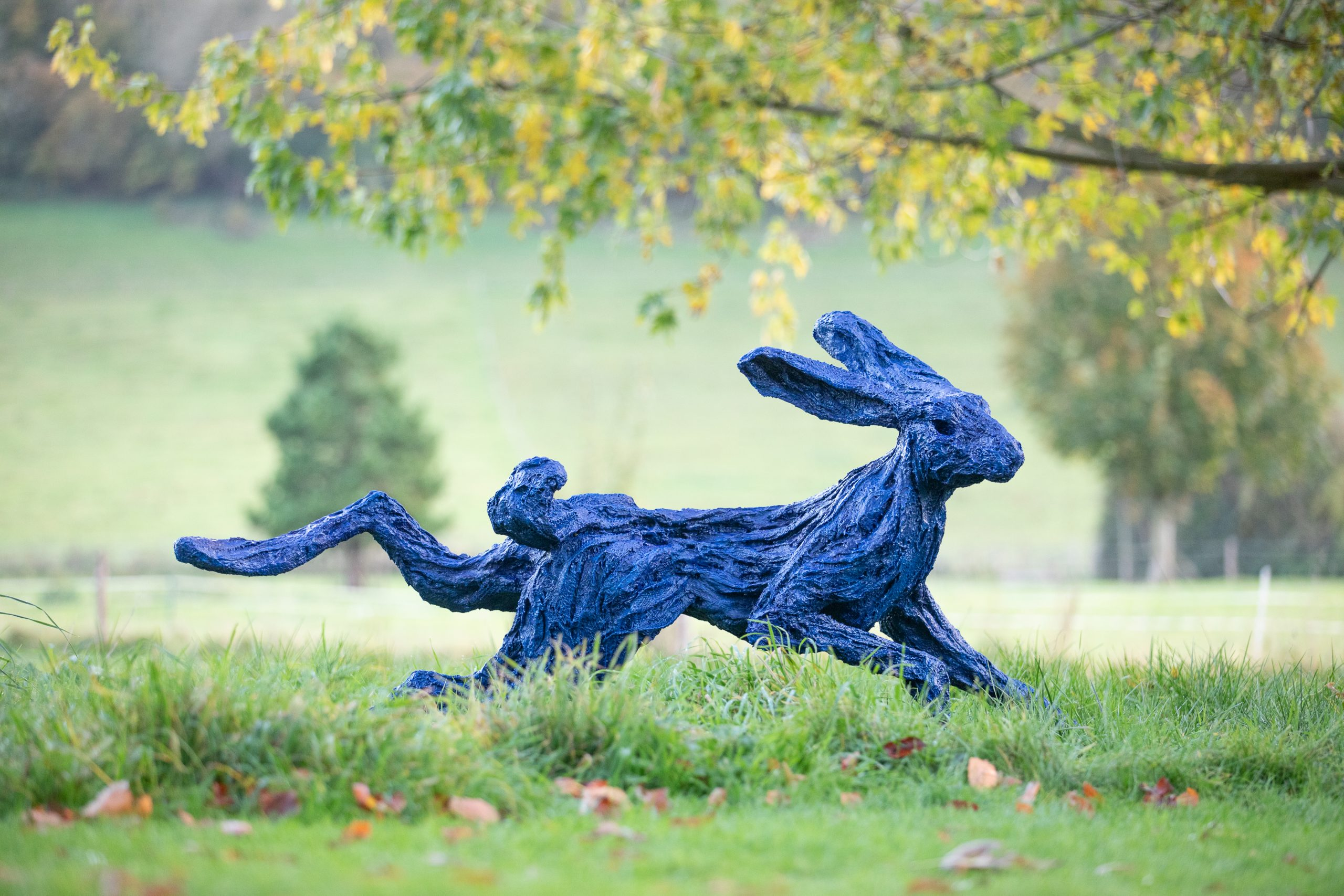 ELECTRIC BLUE HARE – Garden Running Hare